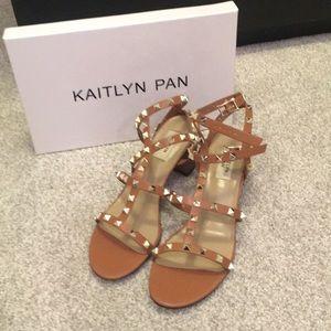 Kaitlyn Pan rockstud block heel sandals sz 9.5